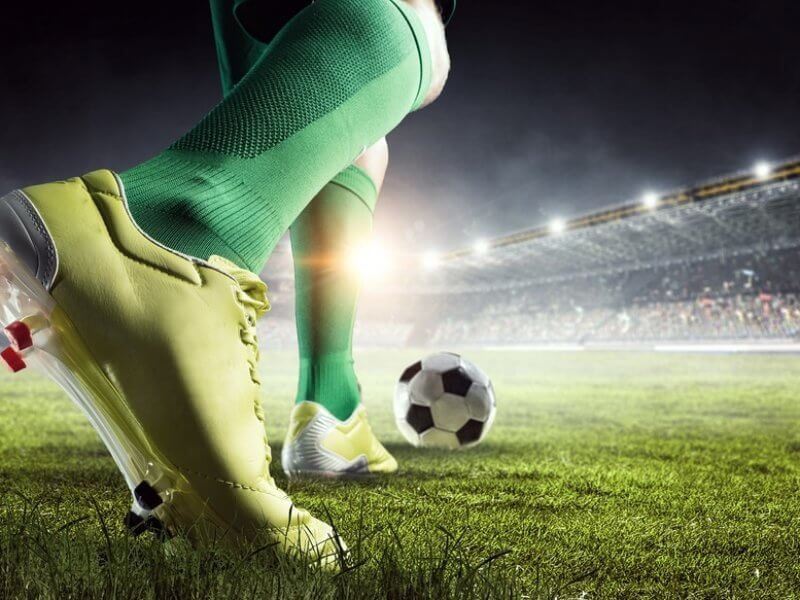online-football-gambling-2196916
